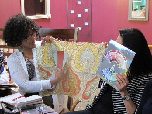 Maria Waterman & Linda use the colour wheel for determining the colour scheme!